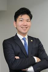 弁護士 坂尾陽